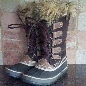 Sorel | Joan of Arctic Boots 8